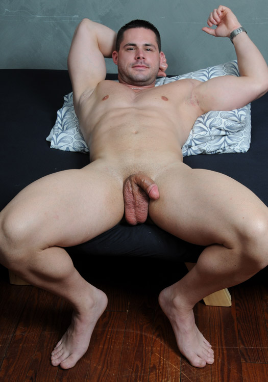 Straight Naked Guy 11