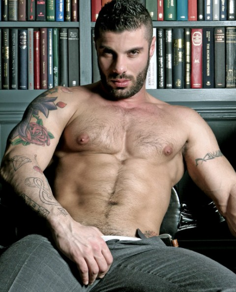 Men at Play: Big Beefy Aroused Wanker Alex Marte