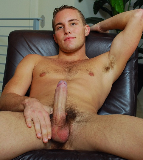 College Dudes: Alex Andrew's Wide Open Couch Strokes