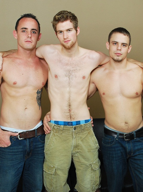 Broke Straight Boys: Three Boys in One Hot Tangled Fuck Game
