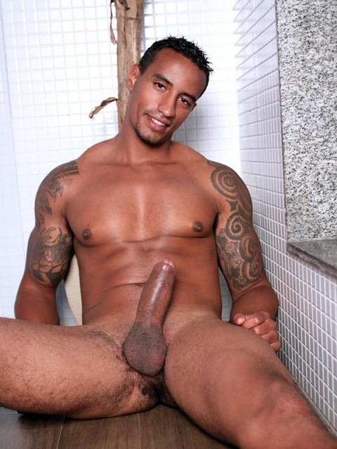 Latin Jocks: Latino Sensation Peter