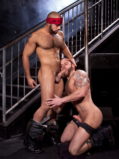 Raging Stallion: Ripped Derek & Leo Perfect Hot Hook-Up Scenes