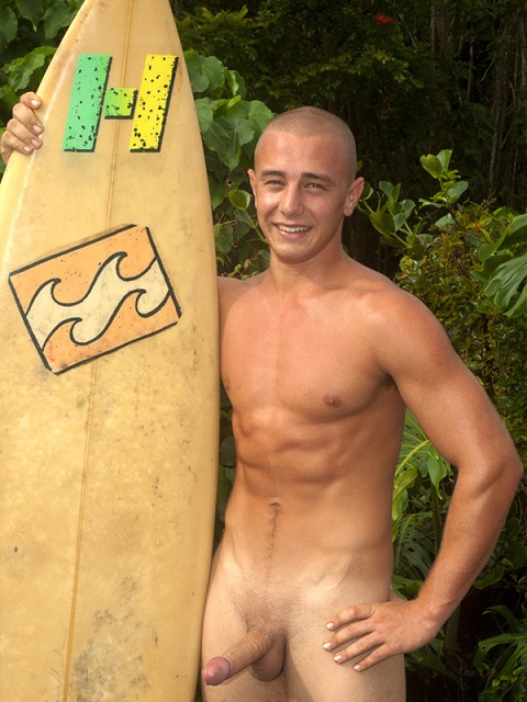 Island Studs: Jock Brett Strips Off & Wanks His Foreskin Candidly