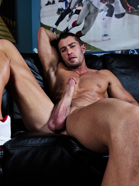 Cody Cummings: Beefy Cody Pays Back His Fans with a Teaser Video